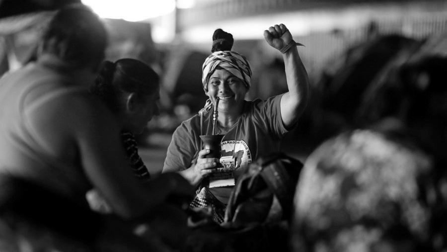 Brasil Mujeres Sin Tierra la-tinta