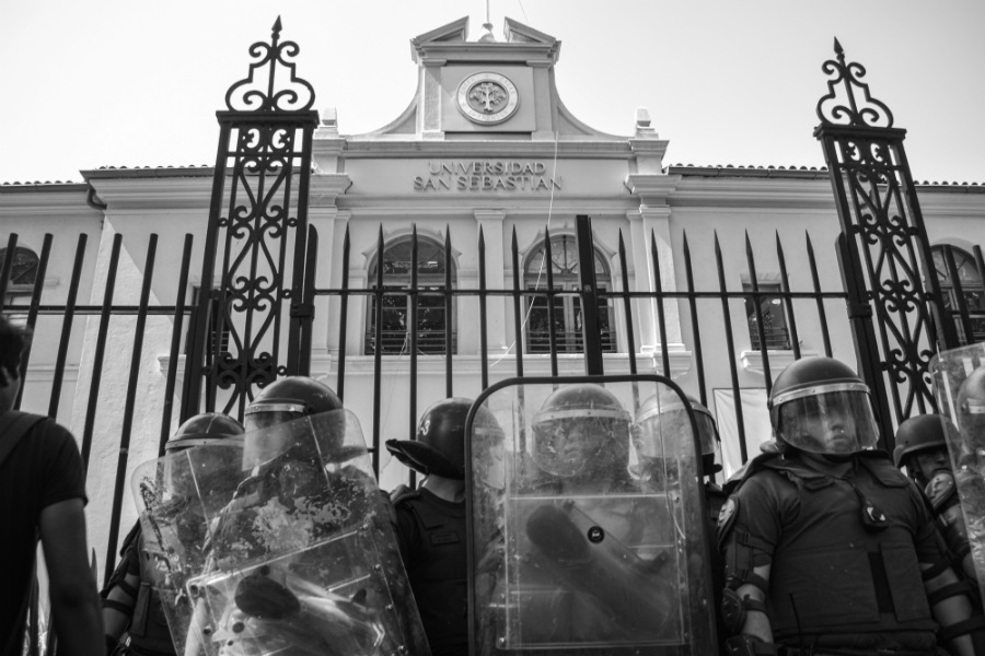 Chile carabineros en las universidades la-tinta