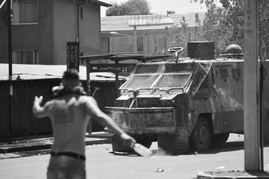 Chile pobladores contra carabineros la-tinta