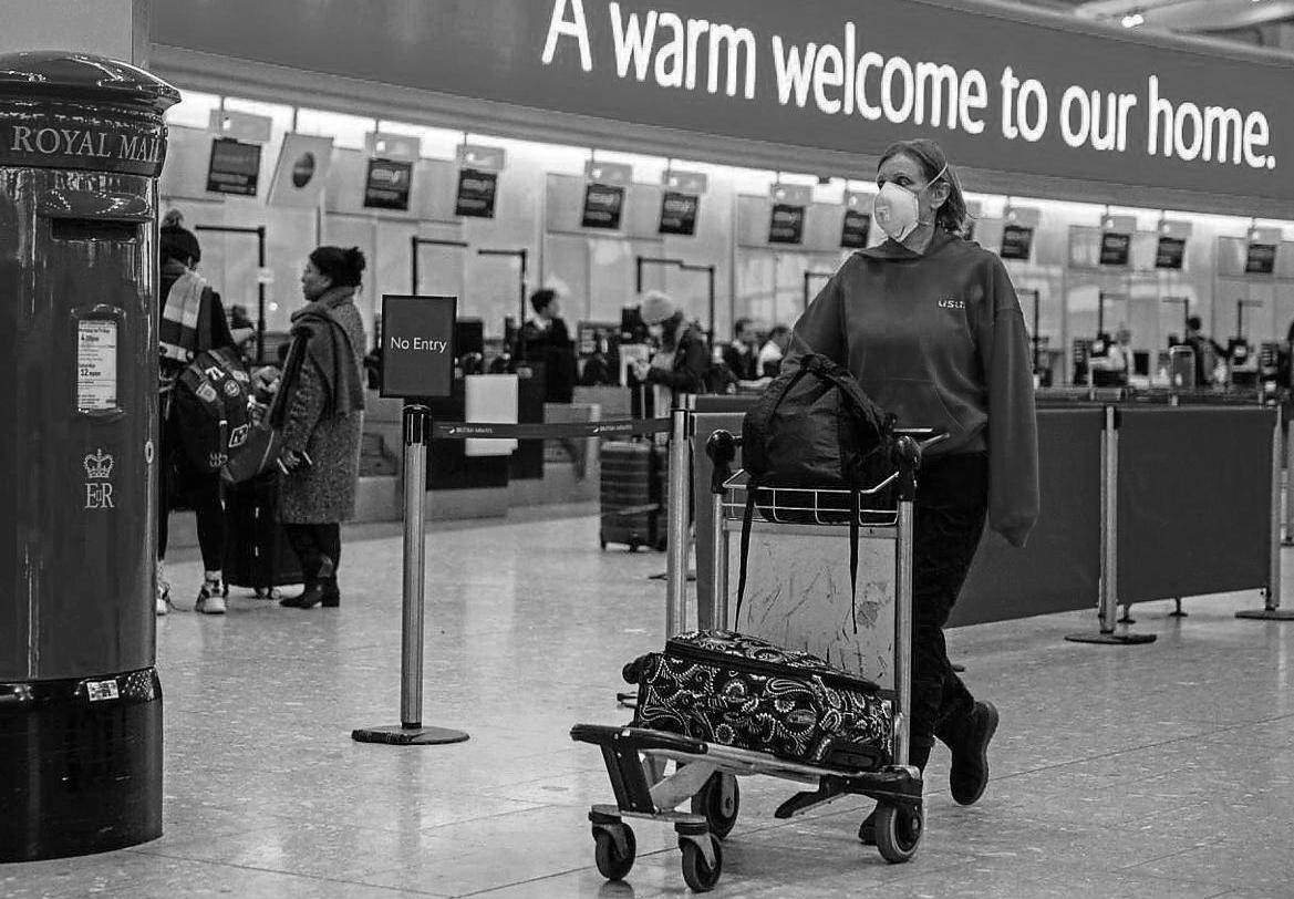 Gran Bretaña coronavirus aeropuerto la-tinta