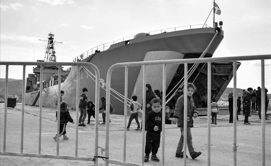 Grecia niños refugiados la-tinta
