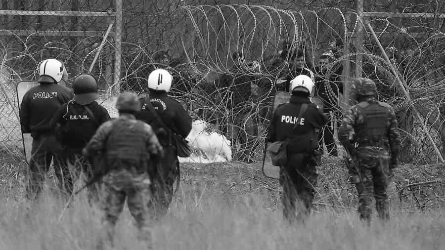 Grecia policia represion refugiados la-tinta