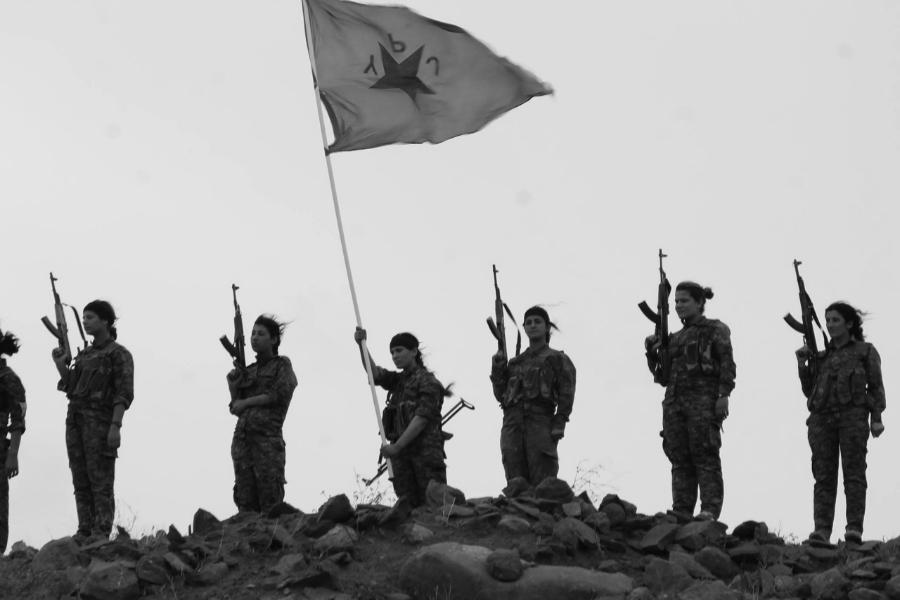 Rojava YPJ combatientes la-tinta