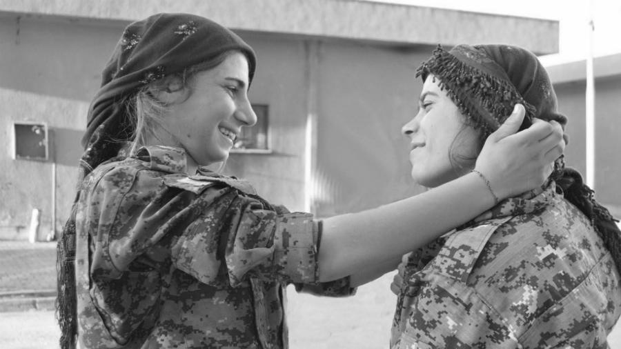 Rojava milicianas kurdas la-tinta