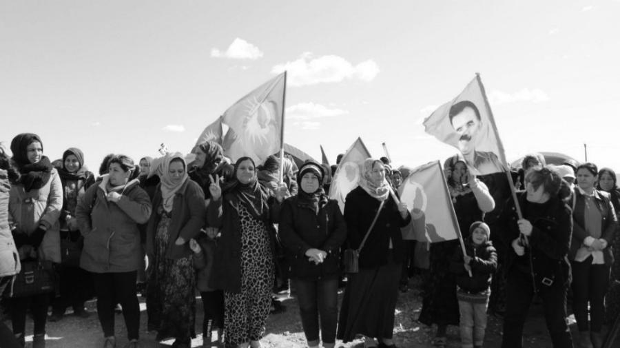 Rojava mujeres movilizadas la-tinta