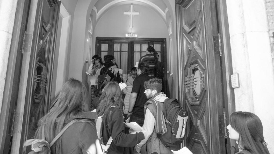 apostia-colectiva-01-colectivo-manifiesto-religion-cordoba-catolicos
