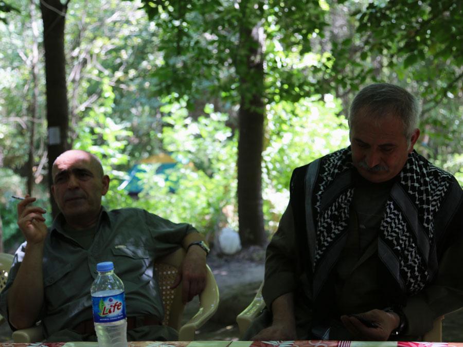 14 Kurdistán Qandil campamento comandantes la-tinta