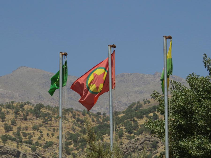 2 Kurdistán Bandera PKK la-tinta