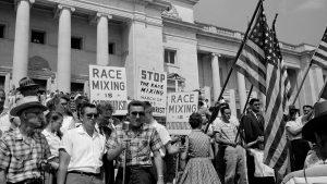 Para una historia moral de la inmoralidad norteamericana