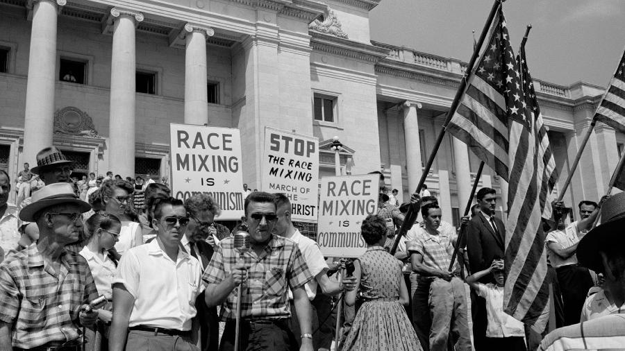 Estados Unidos blancos racistas la-tinta