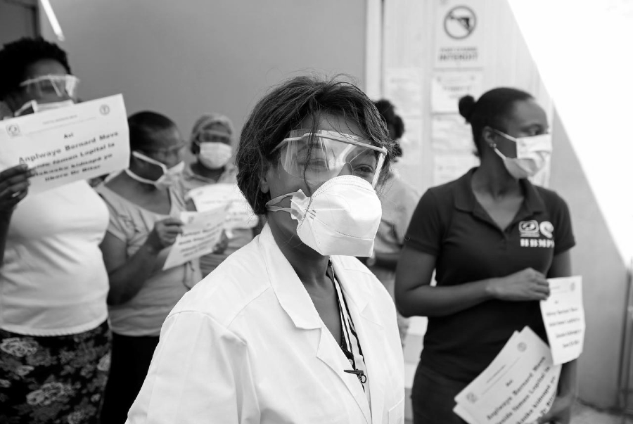 Haiti medicas coronavirus la-tinta