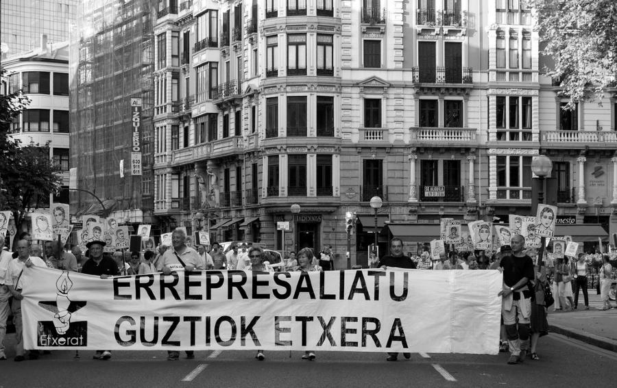 Pais Vasco marcha por presos politicos la-tinta