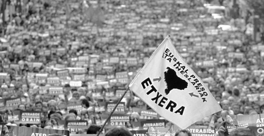 Pais Vasco movilizacion masiva por presos politicos la-tinta