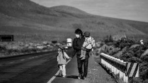 Perú: pandemia y desempleo expulsan a miles de migrantes