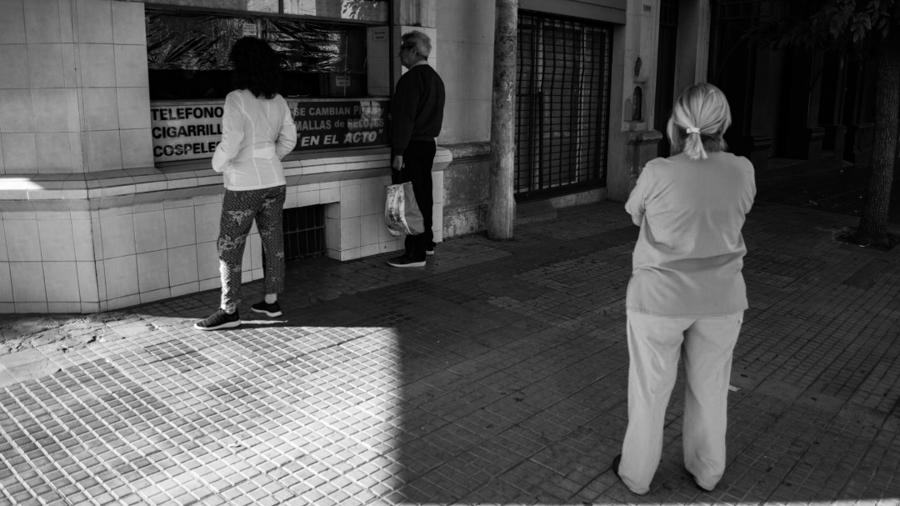 coronavirus-cuarentena-locales-calle