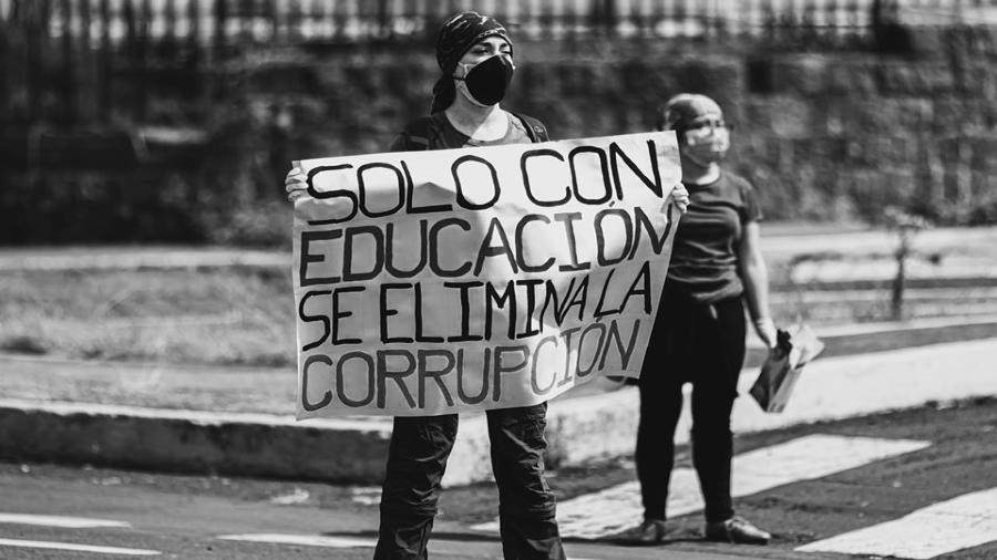 Ecuador contra recorte universidades la-tinta