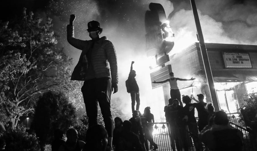 Estados Unidos protestas Minneapolis incendios la-tinta-jpg