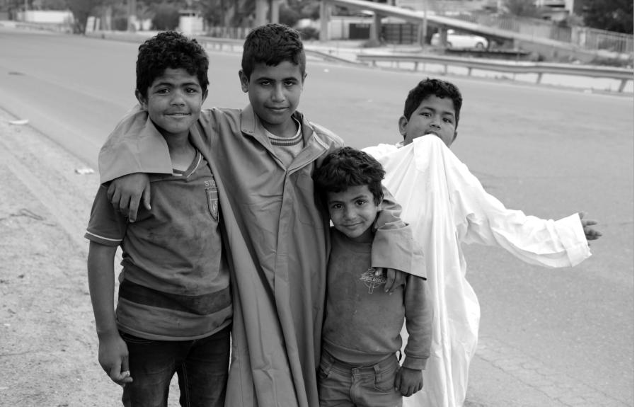 Irak Bagdad niños pobreza la-tinta