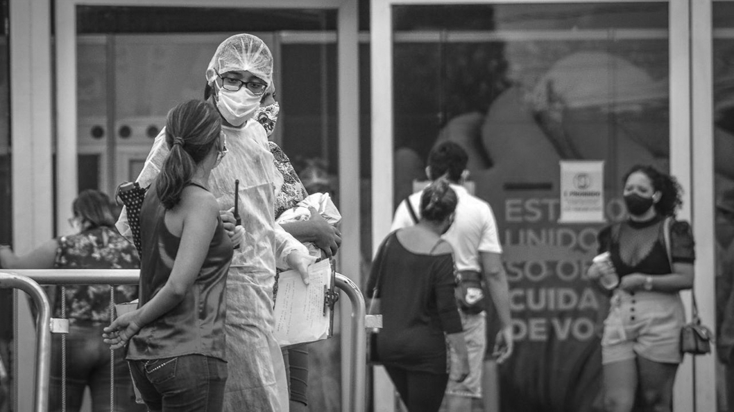 Joao-Paulo-Guimaraes-Midia-NINJA-Brasil-pandemia-salud