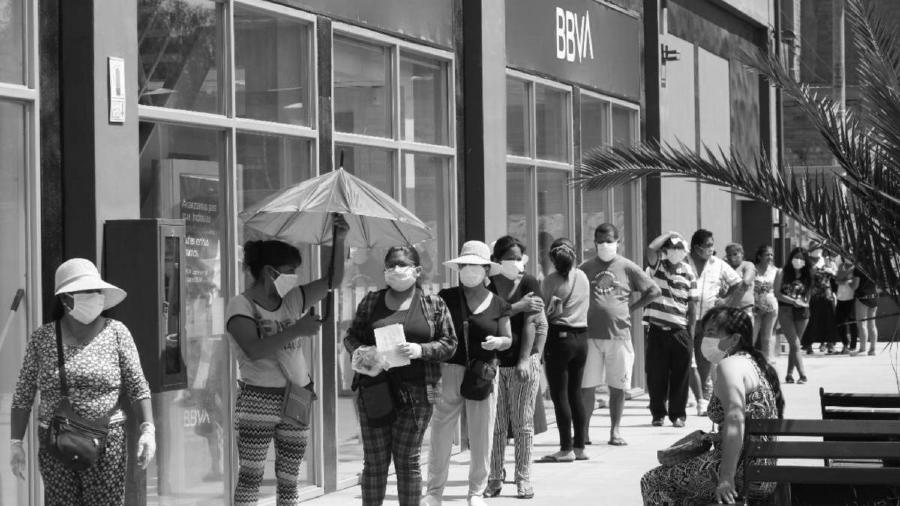 Peru bancos coronavirus la-tinta