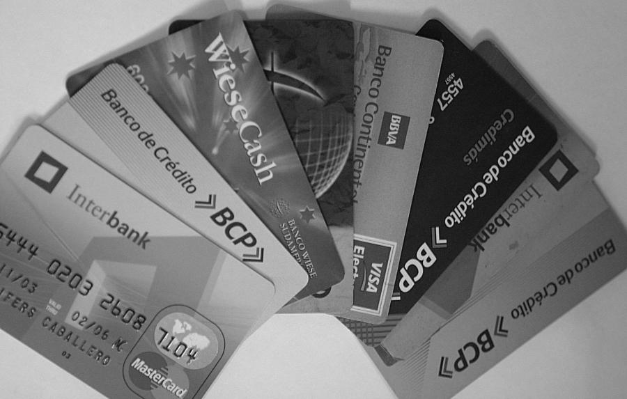 Peru bancos tarjetas de credito la-tinta