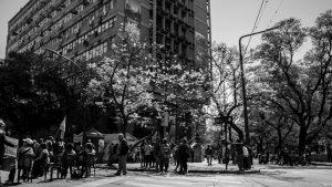 """""""En Córdoba: ¿la democracia está en pausa?"""": informe sobre la gestión Llaryora"""
