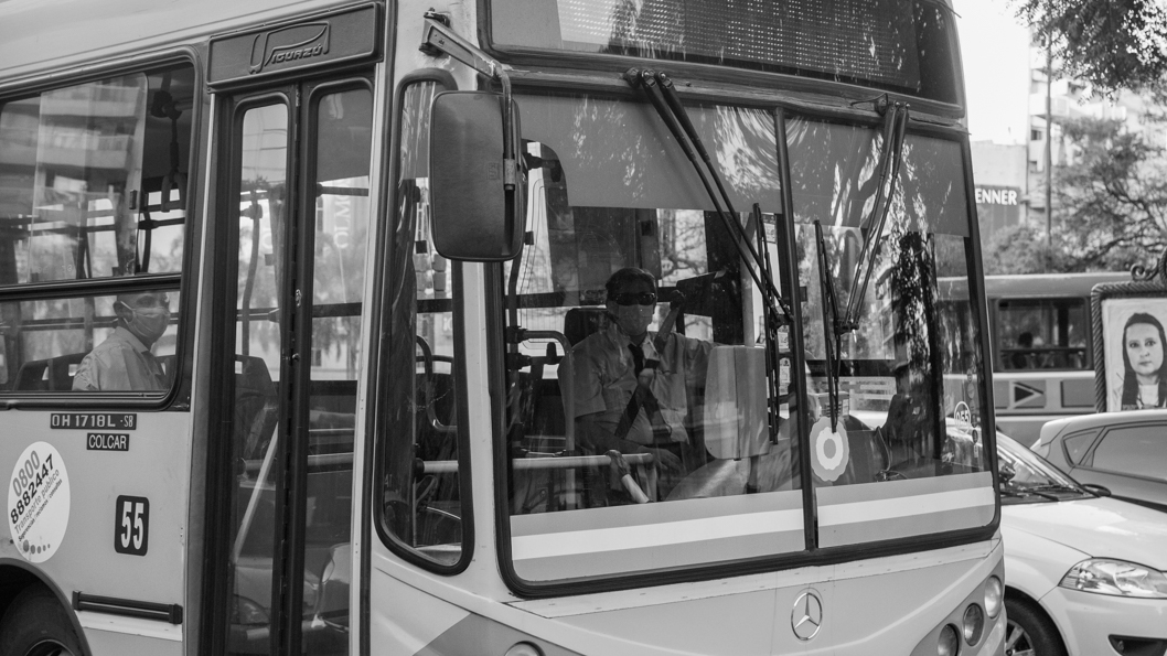 cuarentena-colectivo-transporte-urbano-público-pandemia-coronavirus-6