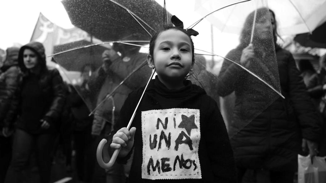 ujeres-feminismo-ni-una-menos-infancia-emergentes