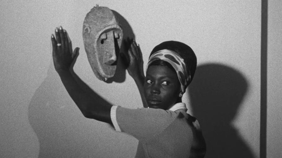Africa mascara blanca la-tinta