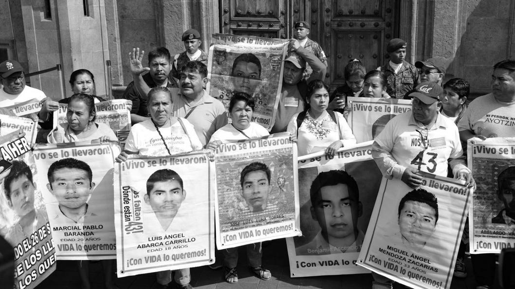 Christian-Alfonso-Rodríguez-Telumbre-estudiantes-Ayotzinapa