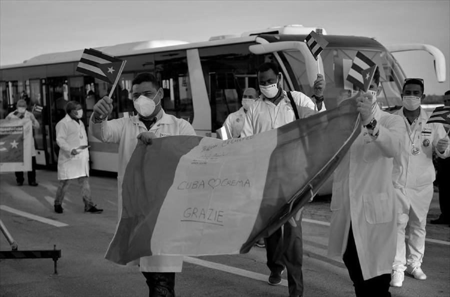Cuba medicos en Italia la-tinta