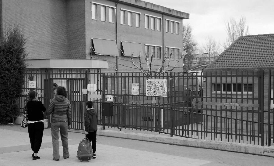 España colegio coronavirus la-tinta