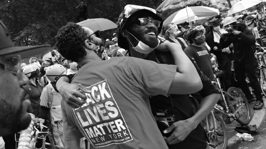 Estados Unidos Occupy City Hall activistas la-tinta