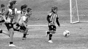 Felicitas Flores: la nena que a los 7 años la rompe en Estudiantes