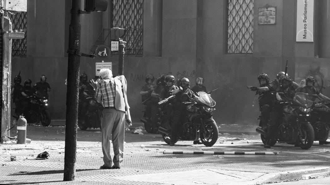 manifestación-reforma-previsional-balas-goma-señor-mayor