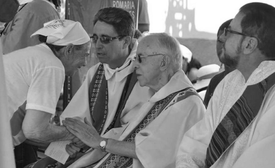 Brasil Pedro Casaldáliga sacerdote la-tinta