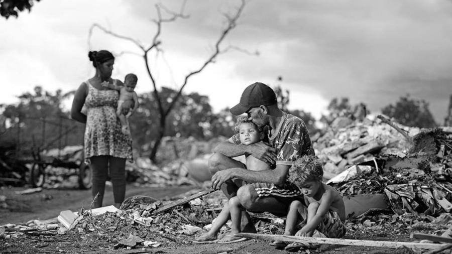 Brasil pobreza la-tinta