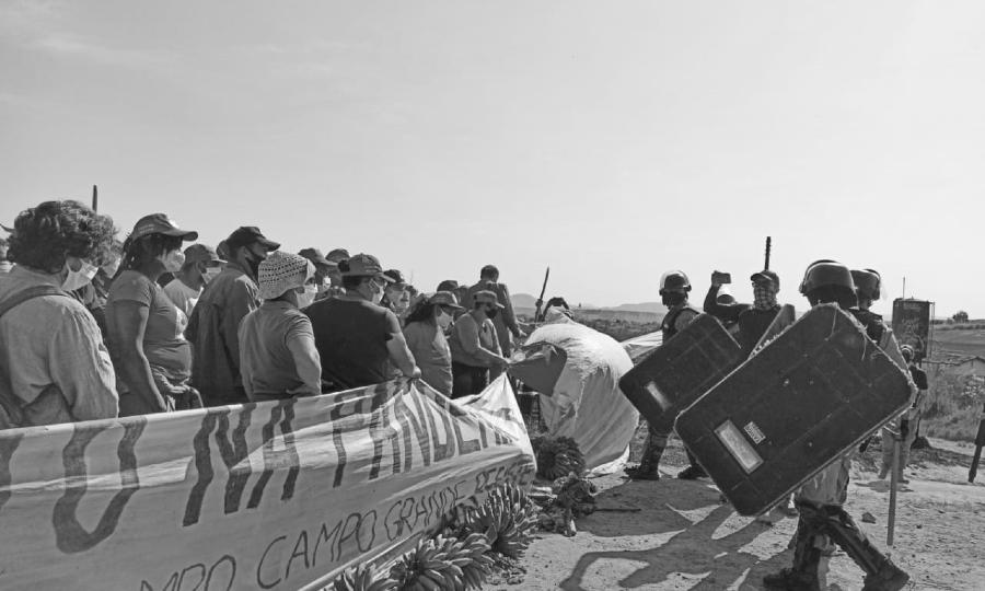 Brasil policia reprimer a los sin tierra la-tinta