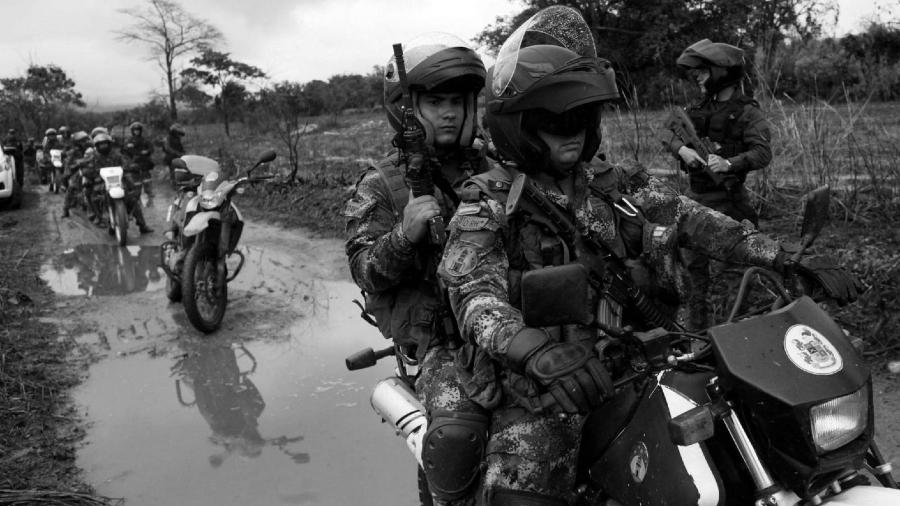 Colombia fuerzas de seguridad la-tinta