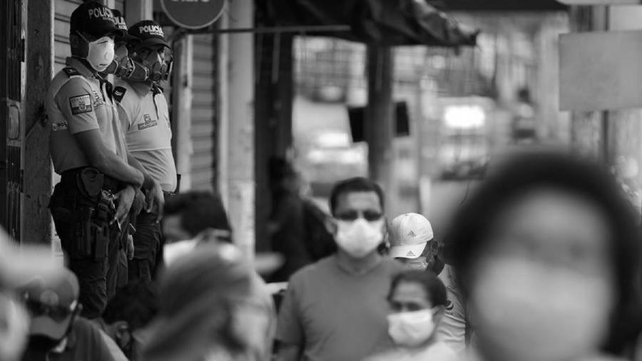 Ecuador coronavirus pandemia policia la-tinta