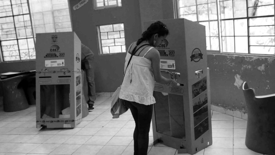 Ecuador elecciones la-tinta