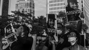 Fuertes protestas por un nuevo caso de gatillo fácil en Estados Unidos