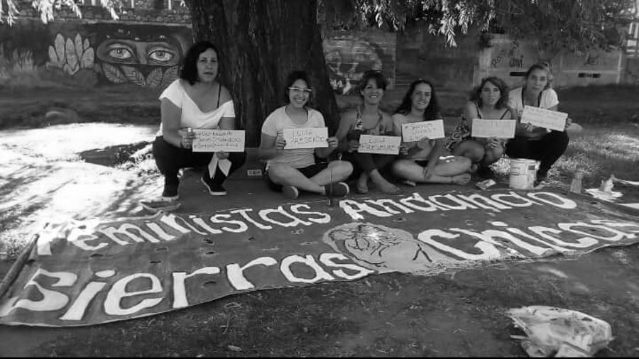 Feministas-Andando-Sierras-Chicas-feminismo-cordoba-02