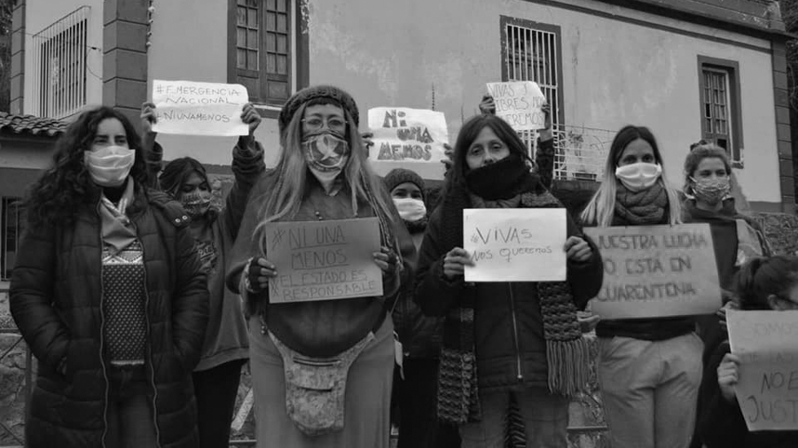 Feministas-Andando-Sierras-Chicas-feminismo-cordoba-08