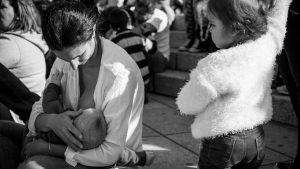 Los otros lados de la lactancia: experiencias de madres feministas
