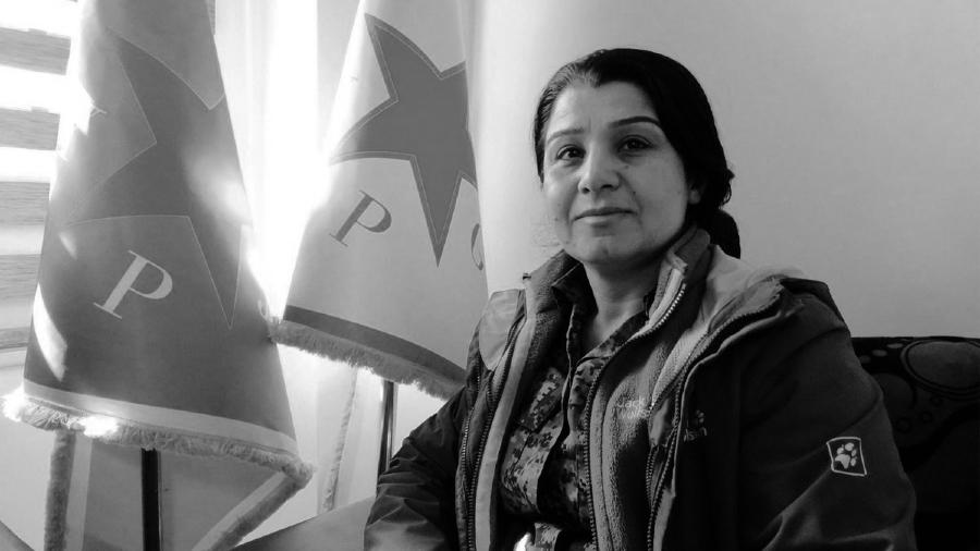 Rojava Nasrin Abdullah comandante YPJ la-tinta