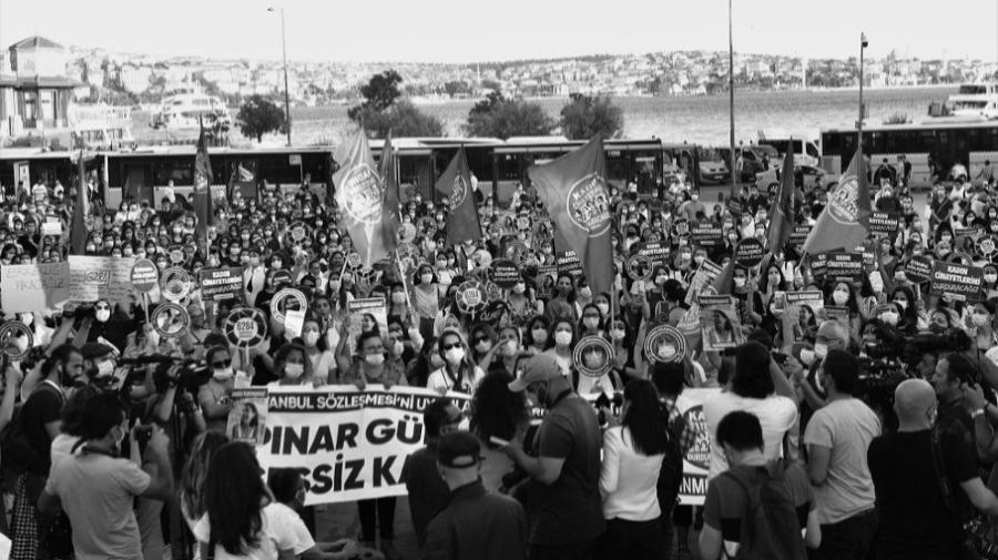 Turquia protestas contra femicidios ANF la-tinta