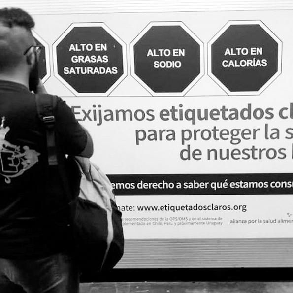 Campaña-callejera-México-etiquetados-claros-nutrición-alimentación