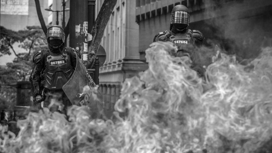Colombia policia represion Bogota la-tinta