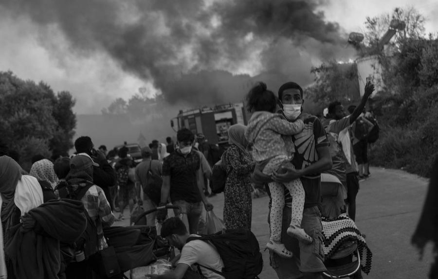 Grecia campo refugiados incendio la-tinta